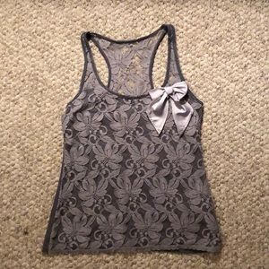 Gray lace Hollister tank top with bow